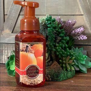 Sweet Cinnamon Pumpkin foaming soap